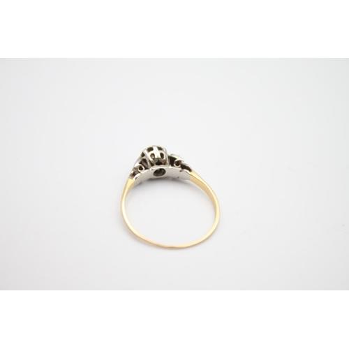22 - vintage 18ct & platinum diamond solitaire ring 1.5g  Size M