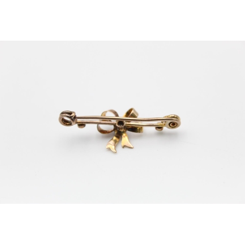 3 - 9ct Edwardian sapphire & pearl bow bar brooch 2.1g