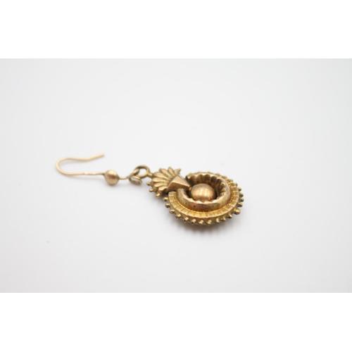 53 - 9ct antique earrings pendants 2.2g