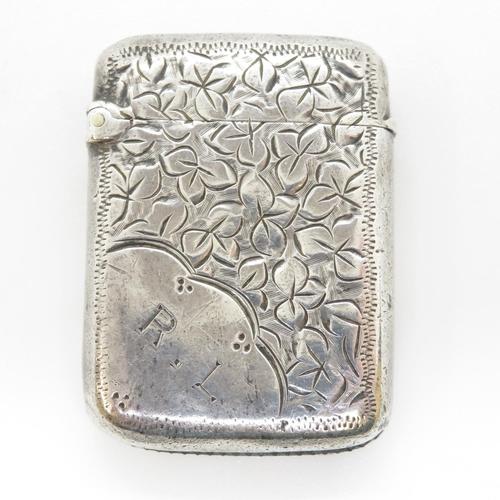 19 - Silver vesta