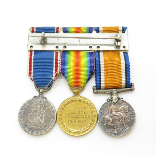 44 - Set of 3x miniature WWI medals