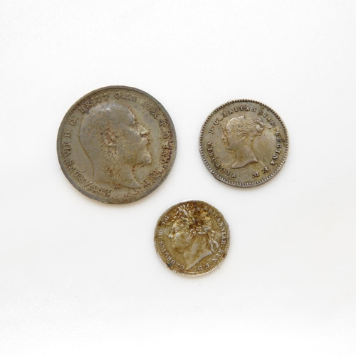 24 - Extremely fine Maundy coins 1827 1903 4d and 1863 2d
