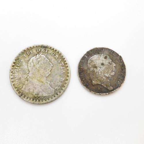 30 - Bank tokens 1811 and Irish 1813