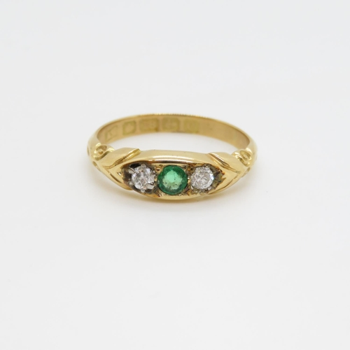 56 - Antique 18ct emerald and diamond ring 2.96g size L