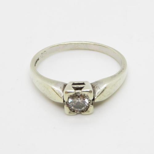 15 - 9ct gold ring .2ct diamonds size P  2.7g