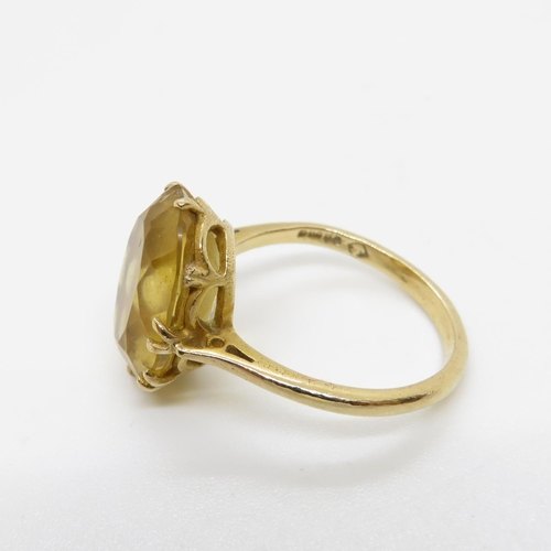 21 - 9ct gold and citrine ring 4.2g size P
