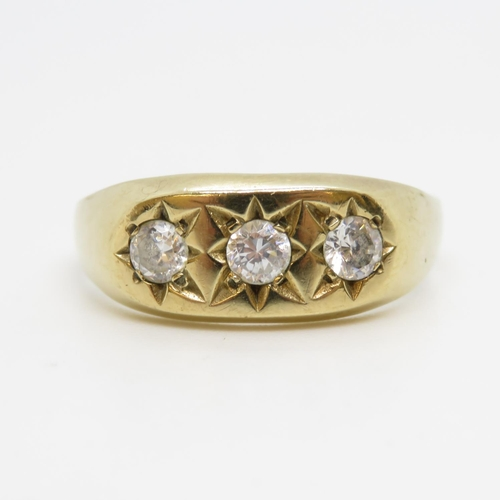 33 - 9ct gold gypsy style ring trilogy of paste stones 3.5g size W