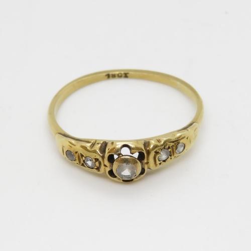 34 - 18ct gold ring 2g