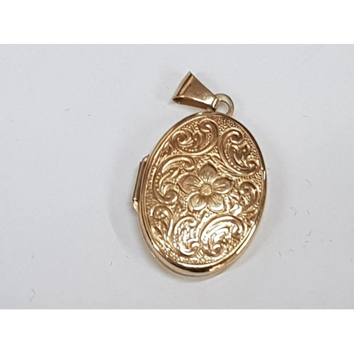9CT GOLD OVAL ENGRAVED LOCKET 2G