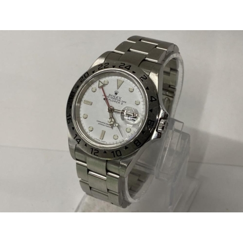 GENTS STAINLESS STEEL ROLEX WRISTWATCH, EXPLORER II WITH WHITE DIAL, AUTOMATIC MOVEMENT COMPLETE WITH OYSTER STRAP, YEAR 2005, WITH ORIGINAL BOX AND PAPERS