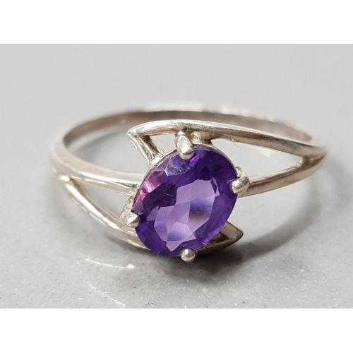 5 - SILVER SOLITAIRE AMETHYST RING 1.8G GROSS SIZE Q 1/2...