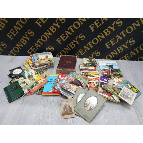 MIXED COLLECTION OF BOOKS INCLUDING RUPERT, COMMANDO, JUNGLE BOOK AND HOLY BIBLE