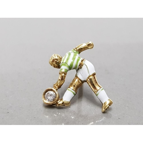 19 - 18CT YELLOW GOLD AND DIAMOND HAND MADE CELTIC FOOTBALLER TIE PIN UNIQUELY HAND ENAMELLED WITH THE CL...
