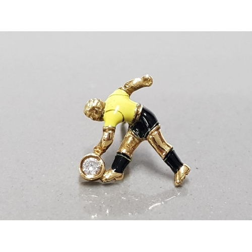 31 - 18CT YELLOW GOLD AND DIAMOND HAND MADE NORWICH FOOTBALLER TIE PIN UNIQUELY HAND ENAMELLED WITH CLUB ...