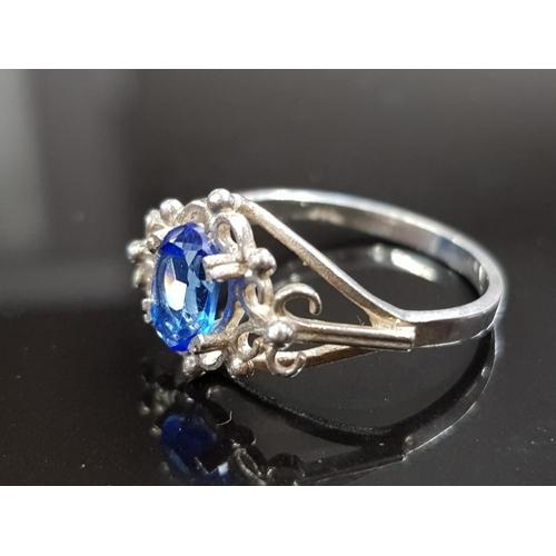43 - SILVER 925 BLUE TOPAZ RING SIZE L 1/2 1.8 GRAMS...