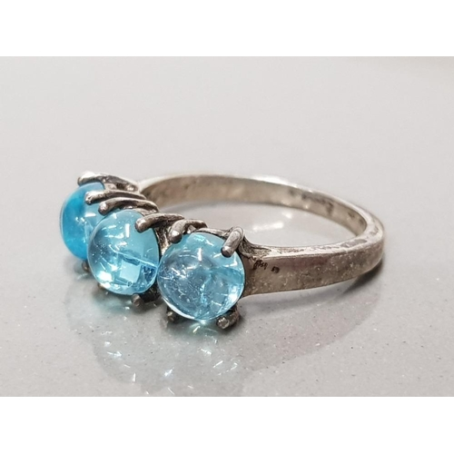 7 - 925 STERLING SILVER 3 STONE TOPAZ RING SIZE N GROSS WEIGHT 3.5G...