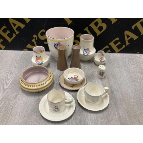 14 MISCELLANEOUS HAND PAINTED PIECES OF POOLE POTTERY INCLUDES VASES ETC