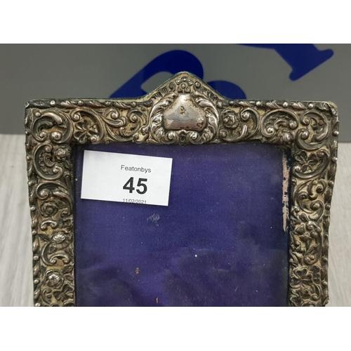 45 - WHITE METAL ART NOUVEAU PICTURE FRAME 18 X 13 CM