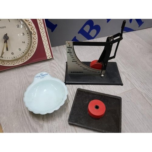 54 - COLLECTION OF MIXED ITEMS INCLUDING 2 DECORATIVE SPILL VASES, KIENZLE GERMAN WALL CLOCK, SCOTTY DOG ...