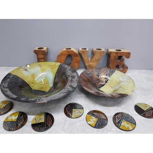 29 - Modern wooden love tealights together with 2 large bowls and 8 coasters