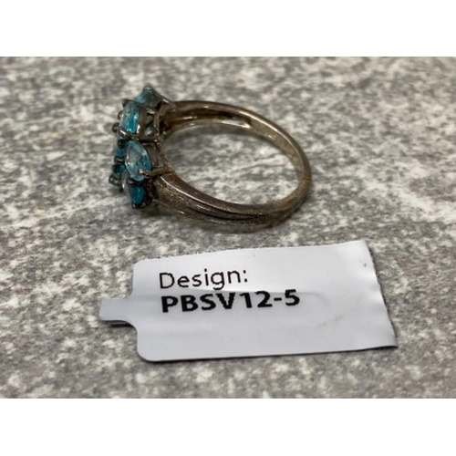 54 - Silver and 7 stone oval blue apatite ring as new with ticket, 1.9g size J