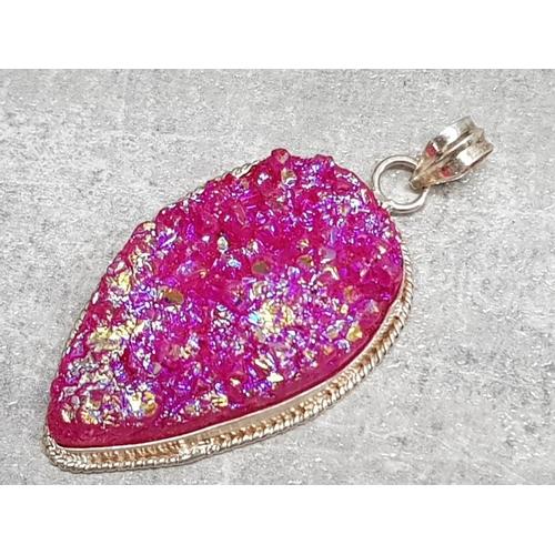 23 - Silver pear shaped glass pendant, 18g gross