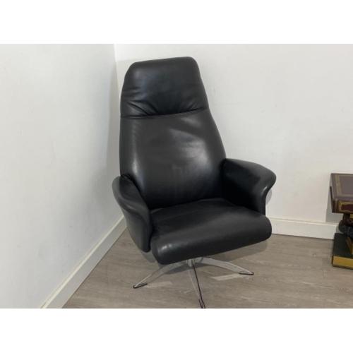 1980s Hjort Knudsen classic black leather reclining swivel armchair. Mint condition