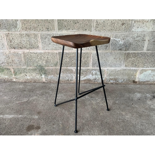 183 - NEW PACKAGED INDUSTRIAL STYLE BAR STOOL ON METAL LEGS