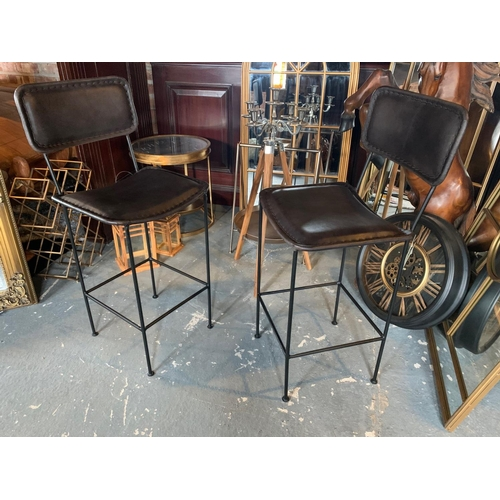 184 - 2 X NEW HIGHBACK BLACK LEATHER METAL INDUSTRIAL STYLE BAR STOOLS