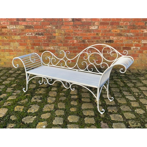 86 - BOXED NEW 6FT LONG ORNATE IRON CHAISE BENCH IN WHITE