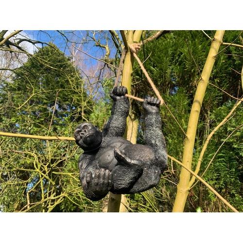 106 - BOXED MONKEY WITH ROPE SWINGING ON TREE