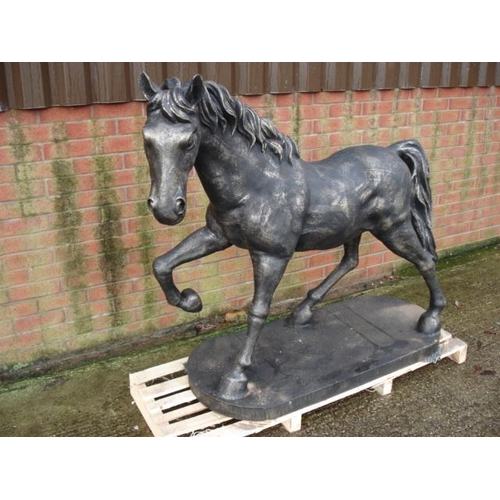119 - HUGE CAST IRON HORSE ON PLINTH IN ANTIQUE BRONZE FINISH WEIGHING APPROX 300KG