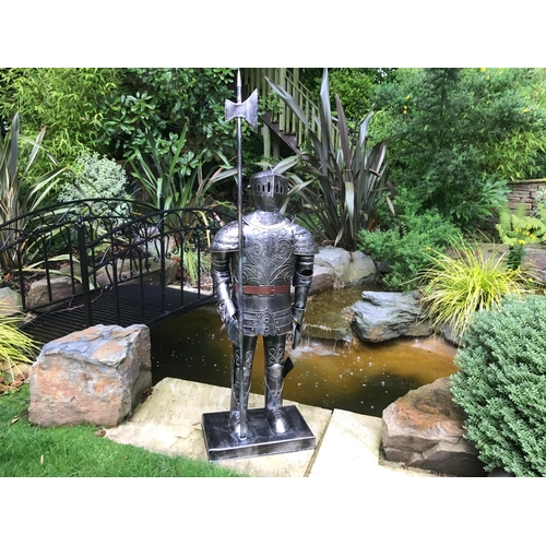 125 - BOXED NEW LARGE METAL SUIT ARMOUR
