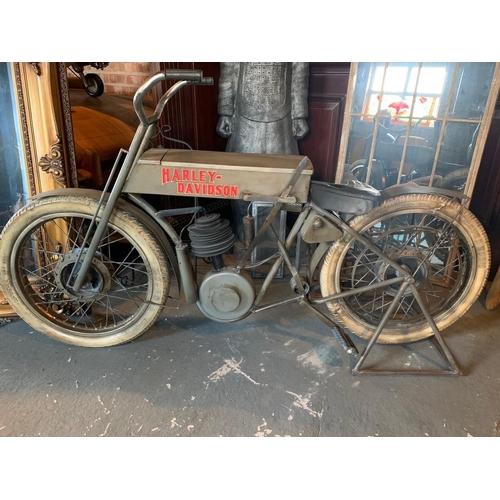 194 - NEW BOXED HARLEY DAVIDSON DISPLAY BIKE