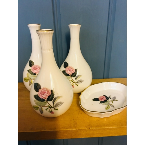 23 - Wedgewood Hathaway Rose 3x small vases 14cms & 1 small dish...