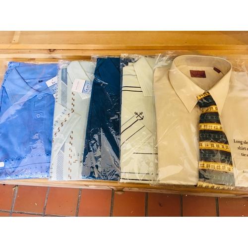 35 - Selection of Mens T-Shirts and Shirt. XL...