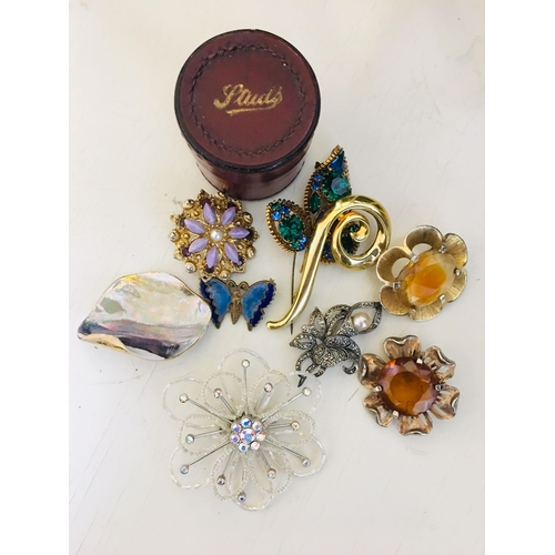 13 - Collection of Vintage Brooches...