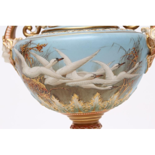 50 - A LATE VICTORIAN ROYAL WORCESTER PORCELAIN VASE AND COVER, 1899, of circular form with swept shoulde...