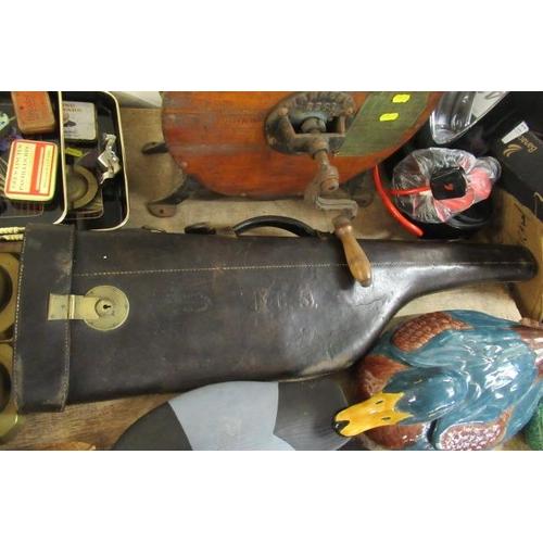 30 - LEG OF MUTTON GUN CASE
