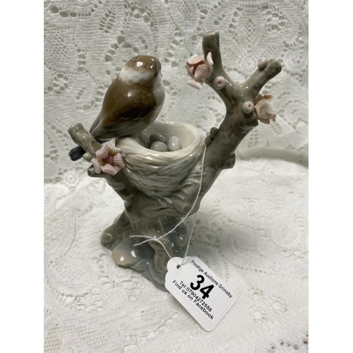 34 - LLADRO BIRD & NEST WITH EGGS 6.5
