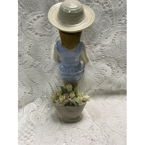 55 - LLADRO GIRL WITH FLOWER BASKETS 9