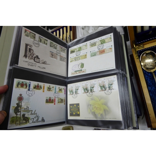 6 - A comprehensive collection of Isle of Man first day covers in five albums...