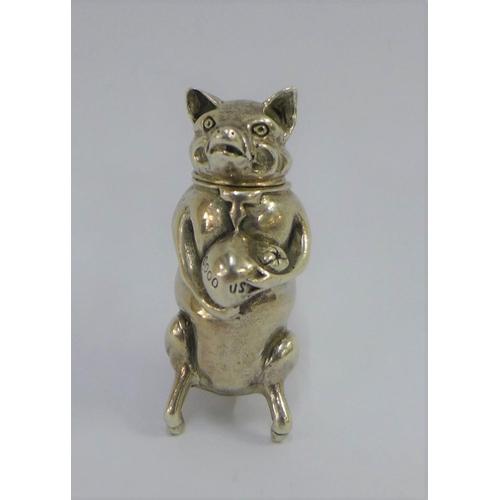25 - Novelty silver pig vesta case, stamped 925, 5cm...