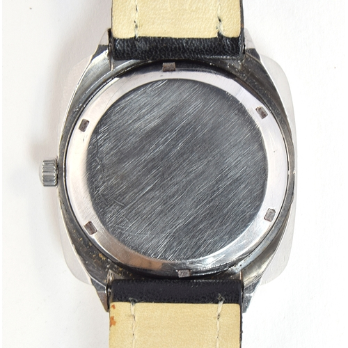 35 - A RARE GENTLEMAN'S STAINLESS STEEL OMEGA GENEVE DAY DATE WRIST WATCH  CIRCA 1974, REF 1660170, SILVE...