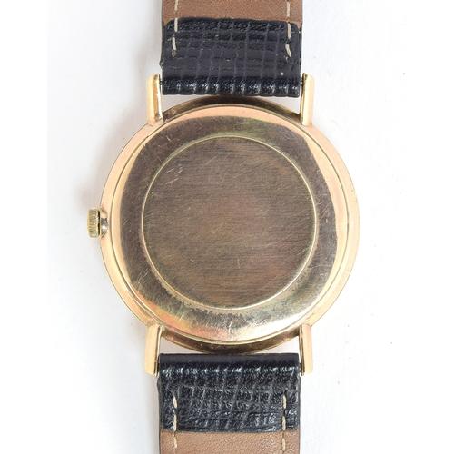 36 - A FINE GENTLEMAN'S 9CT GOLD OMEGA WRIST WATCH HALLMARKED 1966, REF 131/25016, WHITE DIAL. Movement: ...