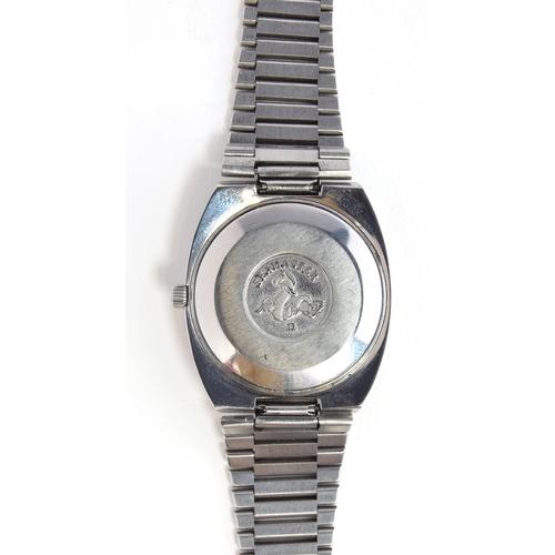 38 - A GENTLEMAN'S STAINLESS STEEL OMEGA SEAMASTER BRACELET WATCH CIRCA 1970, REF 166.0213 REF 366.0845, ...