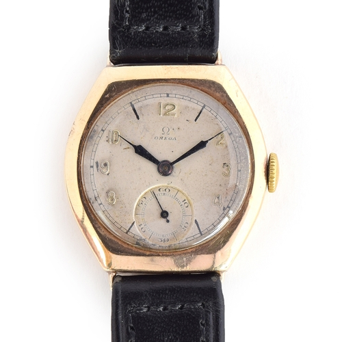 42 - A GENTLEMAN'S 9CT GOLD OMEGA WRIST WATCH DATED 1937, REF 45489, PARCHMENT DIAL, RAISED ARABIC NUMBER...
