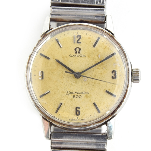 48 - A GENTLEMAN'S STAINLESS STEEL OMEGA SEAMSTER 600 WRIST WATCH Dated 1966, REF 135.001, DIAL EXHIBITIN...