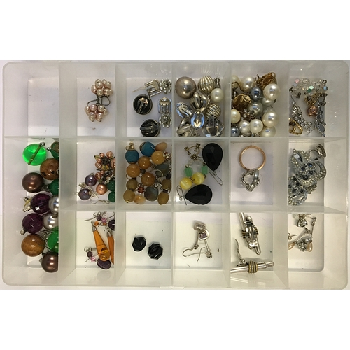 15 - Mixed lot of earrings to include some silver and a pair of amber drop...