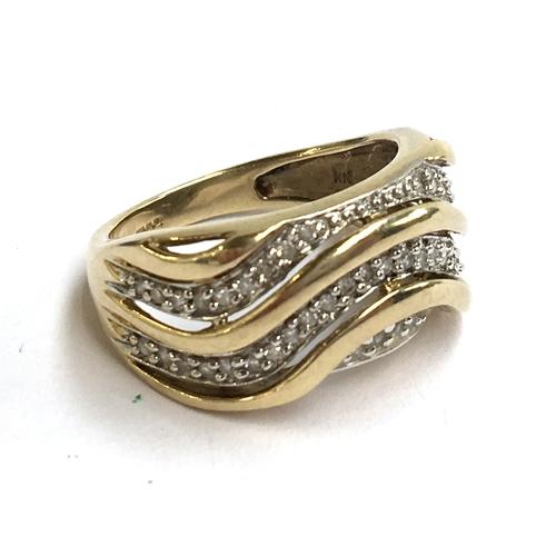 2 - A 9ct gold zircon ring, 4.3g...